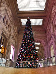 Stazione Centrale - Milano Christmas Tree, Holiday Decor, Bella, Travelling, Christian, Home Decor, Italia, Teal Christmas Tree, Homemade Home Decor