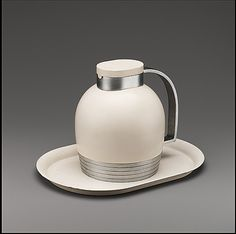 Henry Dreyfuss. Thermos. 1935
