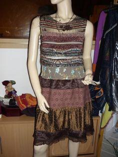 Je viens de mettre en vente cet article  : Robe courte Louise Della 139,00 € http://www.videdressing.com/robes-courtes/louise-della/p-3211476.html?utm_source=pinterest&utm_medium=pinterest_share&utm_campaign=FR_Femme_V%C3%AAtements_Robes_3211476_pinterest_share