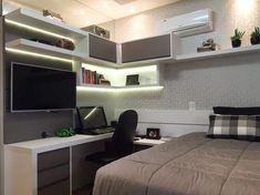Considerados como espaços de liberdade, recolhimento e descanso, conheça inspirações de decoração para quartos de adolescente.