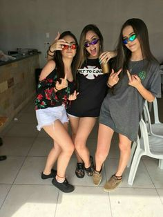 Meninas Malokas ❤💥 @maellybueno ❣ Bffs, Best Friend Goals, Best Friends, Icy Girl, Fashion Souls, Friend Tumblr, Cool Tumblr, Cool Poses, Photography Lessons