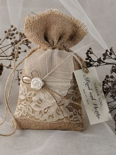 wedding favor ideas Rustic Burlap Favor Bags and tags Burlap Wedding Favors, Burlap Favor Bags, Wedding Invitations, Shower Invitations, Wedding Decorations, Wedding Bag, Wedding Favor Bags, Lace Wedding, Burlap Crafts