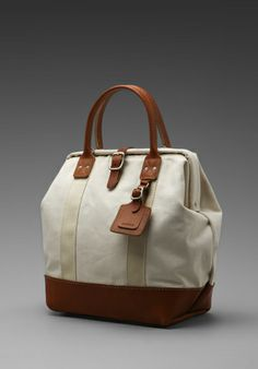 Billykirk 12 Inch Carryall in Natural With Tan