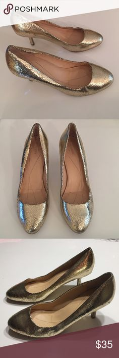 """Authentic Kate Spade gold leather pumps sz 9 Authentic Kate Spade gold crackled leather pumps sz 9 have some scuffs throughout but still look good 3"""" heels kate spade Shoes Heels"""