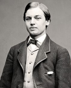 Robert Todd Lincoln, eldest son of President Abraham Lincoln. Photo taken when Robert was a student at Harvard. Mary Todd Lincoln, Abraham Lincoln, American Presidents, Us Presidents, American History, Lincoln Logs, Gettysburg, Vintage Photographs, People
