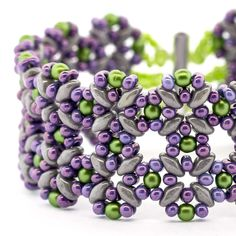 Pastel Lattice Bracelet - Free PDF instructions & supply list. #Seed #Bead #Tutorials