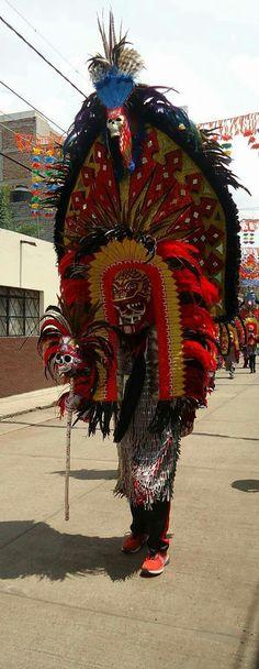 Máscara de tlahualil de Sahuayo Michoacán México. hecha por Johnny Bautista