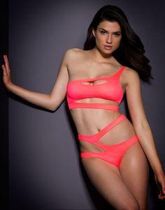f9a2c4bb1c Agent Provocateur Lexxi Coral Bikini Bra   Brief Set - Size AP 2 - Brand New