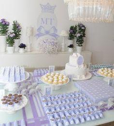 Aqui vão algumas lindas fotos que servem de inspiração na hora de decorar a mesa de sua festa: