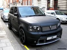 New Nice Cars Matte Black Range Rovers Ideas Matte Black Range Rover, Range Rover Sport Black, Matte Black Cars, Super Sport Cars, Super Cars, Preppy Car Accessories, Derby Cars, Jeep Truck, Hot Cars