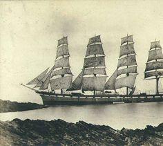 Quatre-mâts- Four-masted sailing ship LIVERPOOL under sail, Washington, ca. 1904. :: Wilhelm Hester Photographs