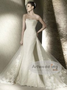 classic and lace wedding dress