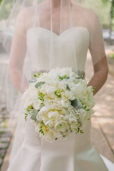 Philadelphia #Wedding with Modern Rustic Glam from Rachel Pearlman Photography. To see more: http://www.modwedding.com/2014/09/03/philadelphia-wedding-modern-rustic-glam-rachel-pearlman-photography/ #wedding #weddings #wedding_bouquet