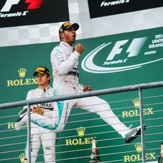 Lewis Hamilton wins USGP, and his third World Championship : @puppyknuckles