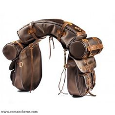 Saddlebag set with small pockets Saddlebag set with four small pockets and banana in waterproof Cordura, suited for long rides, perfect for western saddles. Western Horse Tack, Western Riding, Trail Riding, Horse Barns, Horse Riding, Western Saddles, Horse Saddle Pads, Horse Gear, Saddle Bags