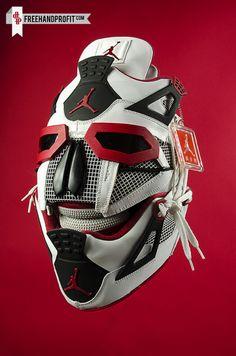 Un masque réalisé avec une paire de Jordan