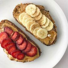 Breakfast toast nutella 22 super ideas snacks with nutella Think Food, I Love Food, Good Food, Yummy Food, Tasty, Breakfast Toast, Nutella Breakfast, Breakfast Ideas, Breakfast Healthy