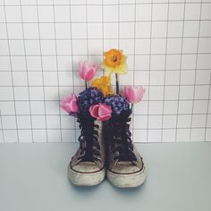 C'est bientôt le printemps sur le blog  #diy #frenchblogger #thecreativecontente #mlleeuge #spring #printemps #flowers #sneakers #converse