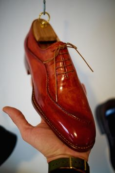 """dandyshoecare: """"Live from Florence by Dandy Shoe Care. Saskia-Part 2 Everything is beautiful in this laboratory, from the many shoemakers tools to the magic crystals lying on the work table. Sock Shoes, Men's Shoes, Shoe Boots, Shoes Men, Leather Dress Shoes, Leather Boots, King Shoes, Formal Shoes For Men, Dream Shoes"""