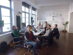 Das Kernteam von bettervest bei der Teambesprechung in Frankfurt