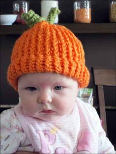 Knitting With Looms: Pumpkin Hat