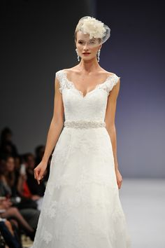 Southern wedding - lace wedding gown. Oh my. i love this.