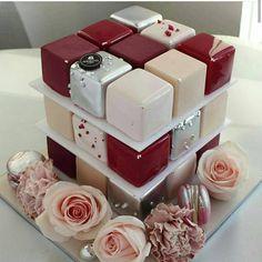 Beautiful Desserts, Beautiful Cakes, Amazing Cakes, Mini Cakes, Cupcake Cakes, Cupcakes, Mini Cake Stand, Fondant Cake Designs, Macaron Cookies