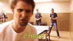 "Matt Bellamy MUSE [Gif] ""c'mon!"""