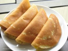 Ban Jian Kueh (in Hokkien) or Apam Balik (in Malay) is a very famous snack food in Malaysia. Some make it crispy version and some make it th. Asian Snacks, Asian Desserts, Asian Recipes, Chinese Desserts, Asian Foods, Apam Balik, Malaysian Food, Malaysian Recipes, Malaysian Dessert