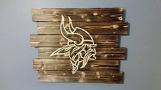 Minnesota Vikings wall decor by CarolinaPalletDesign on Etsy