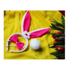 Nyuszi szett fül,nyakkendő,farok húsvéti kellék Az aranyos cukiságok sorát szaporítja a nyuszi jelmez. Bájossá teszi a viselőjét, mert a nyuszikat mindenki szereti. A szetthez tartozik egy hajpánt, amin a nyuszifülek vannak, egy nyuszi farok és egy csokornyakkendő, így igazán élethű nyuszi lehetsz! Nem csak kicsiknek!