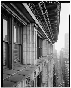 23.  Historic American Buildings Survey Richard Nickel, Photographer November-December 1960 EXTERIOR: CORNICE DETAIL - Republic Building, 209 South State Street, Chicago, Cook County, IL