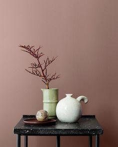 """Jotun LADY on Instagram: """"Denne vakre rosafargen er 2055 Dusty Rose, en dempet rosa farge. Mørkere og mindre gyllen en 2024 Senses som mange kjenner fra før. Den er…"""" Jotun Paint, Dark Lounge, Old Rose Color, Dark Rose, Jotun Lady, Indoor Paint, Best Bedroom Colors, Dark Furniture, Tree Furniture"""