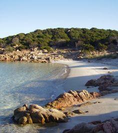 Una delle tante spiagge a #Caprera http://compagni-di-viaggio-betogo.blogspot.it/2015/04/tour-in-moto-in-sardegna.html