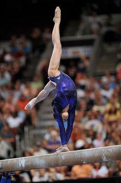 Ivana Hong (thegymnasticsnerd)