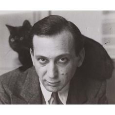 André Kertész, Self-Portrait with Chat Noir, Variant, 1925 Photographer Self Portrait, Portrait Photography Tips, History Of Photography, Andre Kertesz, Robert Doisneau, The Dark Side, Galleries In London, Famous Photographers, Cat People