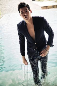 Lee Sang Yoon proves he's beautiful inside and out