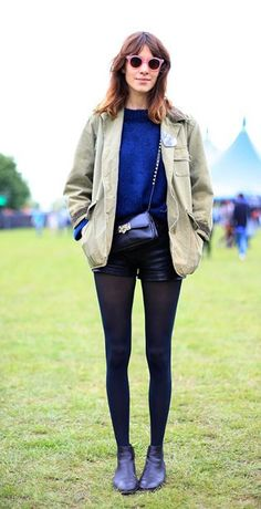 ALEXA CHUNG AT FIELD DAY FESTIVAL 2012