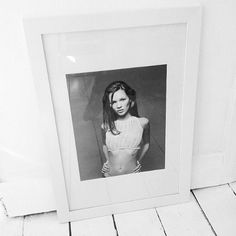 MOOD BOARD: all white + kate moss- SALAD DAYS