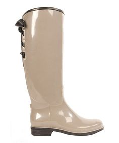 Warm up to the sight of gray skies with these puddle jumpers protecting toes. These glossy, chic rain boots will shine fashionably whether in or out of the water.  I just love Zulily! So many great deals!