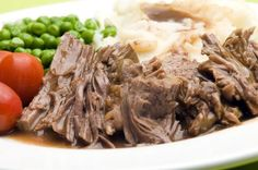 Easiest Entertaining Dish: Full And Rich Slow Cooker Pot Roast