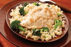 30 minutes, 1 skillet. This better-for-you cheesy chicken and rice is not only a family-pleaser, it's easy on the cleanup crew, too.