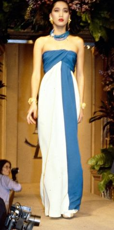 1984 - Yves Saint Laurent Couture show - by Anne Marie Bohme