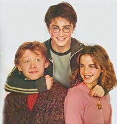 Harry James Potter, Ron And Harry, Harry Potter Feels, Mundo Harry Potter, Harry Potter Draco Malfoy, Harry Potter Jokes, Harry Potter Pictures, Harry Potter Characters, Harry Potter World
