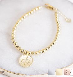 Initial Bracelet, Best Sellers, Gold Necklace, Outfit, Beauty, Jewelry, Outfits, Gold Pendant Necklace, Jewlery