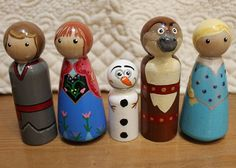 Wooden Peg People Frozen set of five Elsa Anna by HenriettasCabin