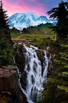 Myrtle Falls at Sunset. Rainier National Park, Washington - A mile reserve near Seattle, surrounds Mt Rainier. The foot high Paradise overlook offers mountain views of the glorious landscape, other mountains, wildflower meadows & hiking trails. Beautiful Waterfalls, Beautiful Landscapes, Lago Mcdonald, Places To Travel, Places To See, Beautiful World, Beautiful Places, Amazing Places, Mt Rainier National Park