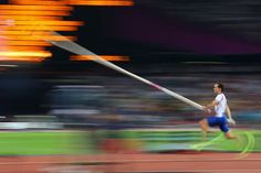 Renaud Lavillenie of France competes during the men's Pole Vault final @ London Olimpyc Games Oscar Pistorius, Pole Vault, London Photos, Track And Field, Vaulting, Olympic Games, Senior Pictures, Yoga Fitness, Olympics