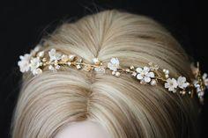 BESPOKE for Saba_A gold wedding halo for Saba 1 Bridal Veils And Headpieces, Headpiece Wedding, Wedding Veils, Gold Wedding, Bridal Hair, Wedding Crowns, Wedding Hair Accessories, Jewelry Accessories, Crystal Headband