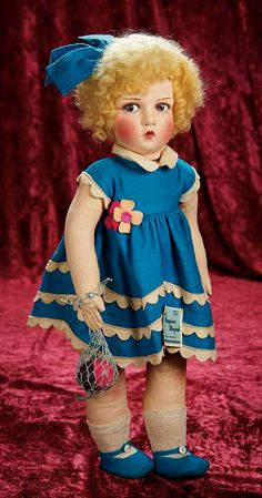 Raynal doll 46 cm. Theriault Auction